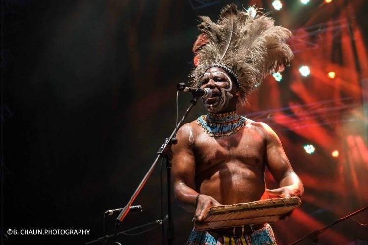 09_南非Dizu Plaatjies & Ibuyambo Percussion Ensemble