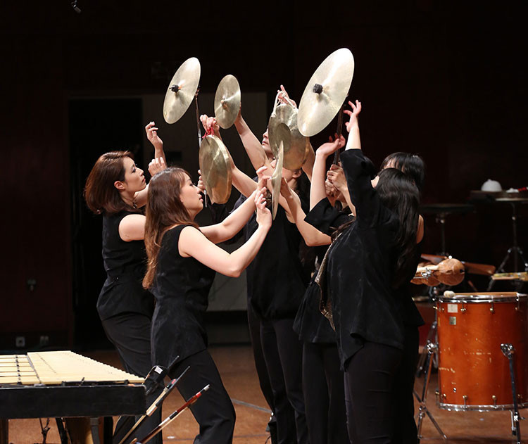 20151006_2013Ju-Percussion-Group--winter-concert--music-of-the-heart2